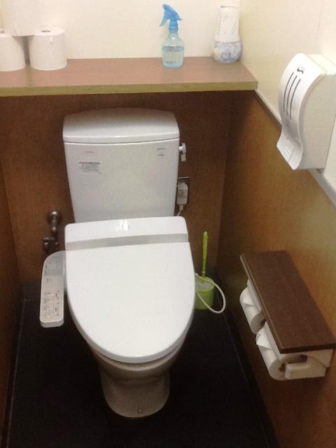 山岡家トイレ1