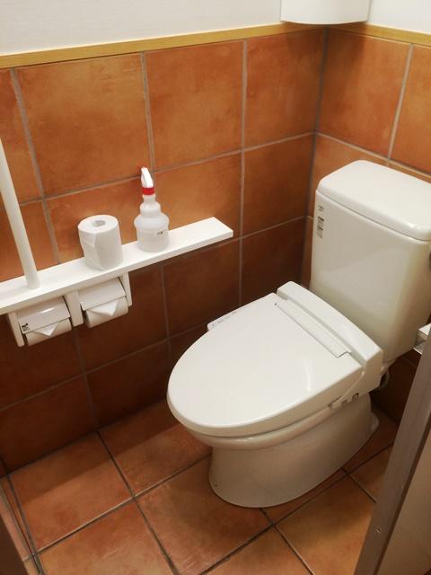 コメダ珈琲店舗内トイレ便器