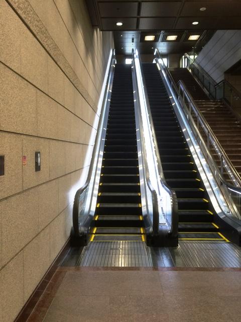 東京証券取引所見学開始