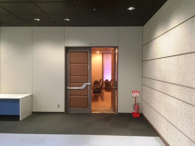 東証内多目的室